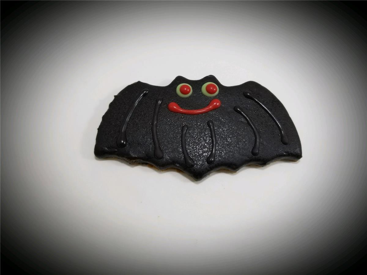 Bats - Tray of 12 - 75% OFF!