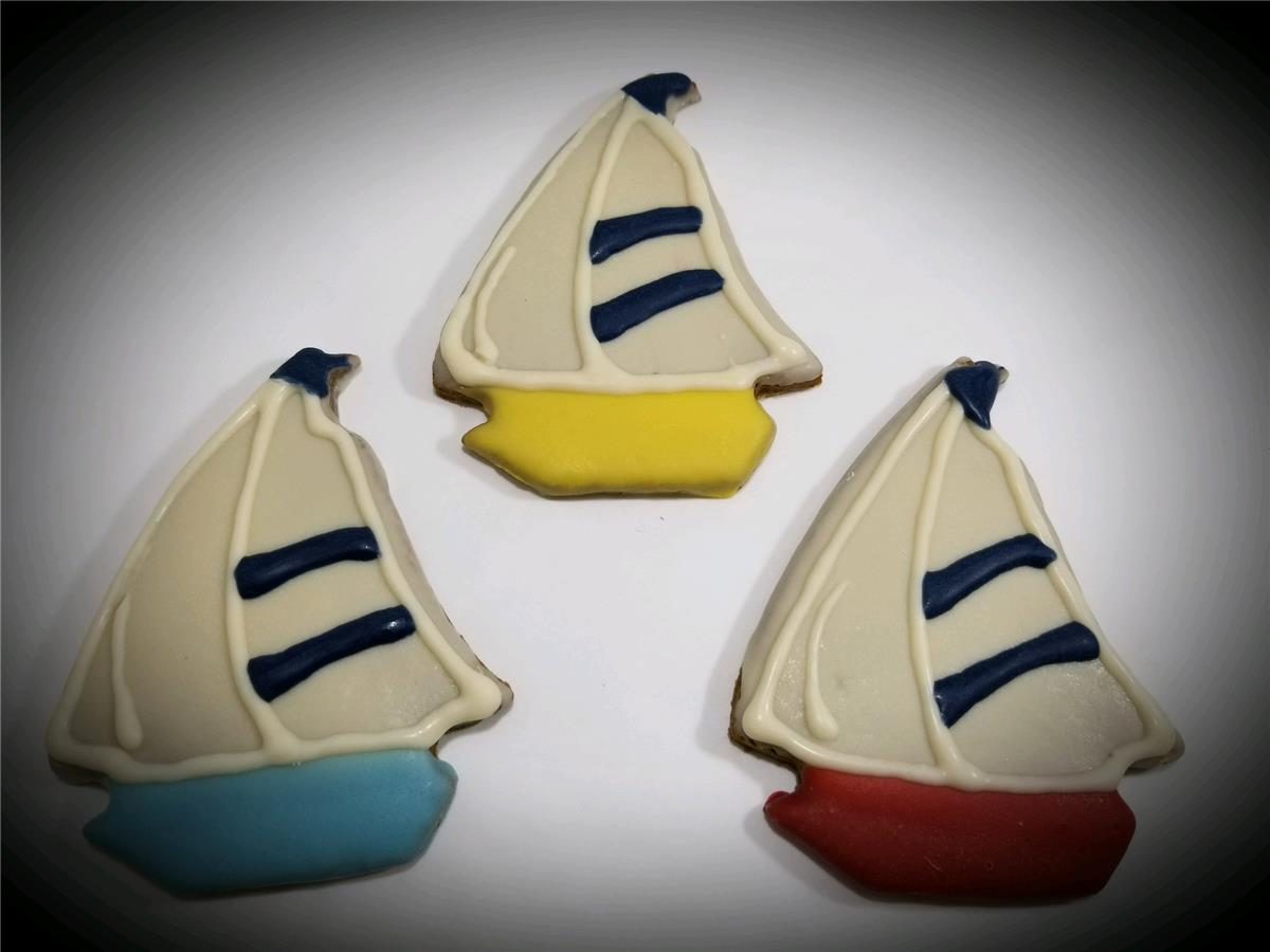 Sailboats - Tray of 12